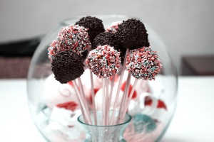 cake-pops-candies-chocolate-food-37537